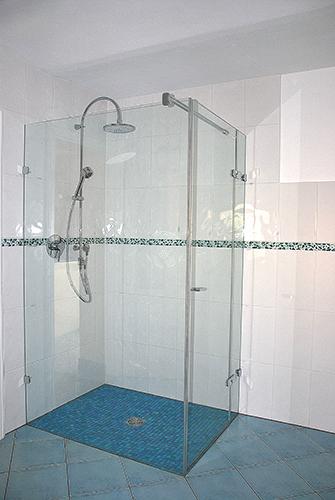 trend bodengleiche dusche. Black Bedroom Furniture Sets. Home Design Ideas